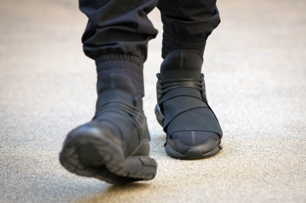 "d3ab259d38f7 Y-3 Qasa High ""All Black"" – Garment Basara"